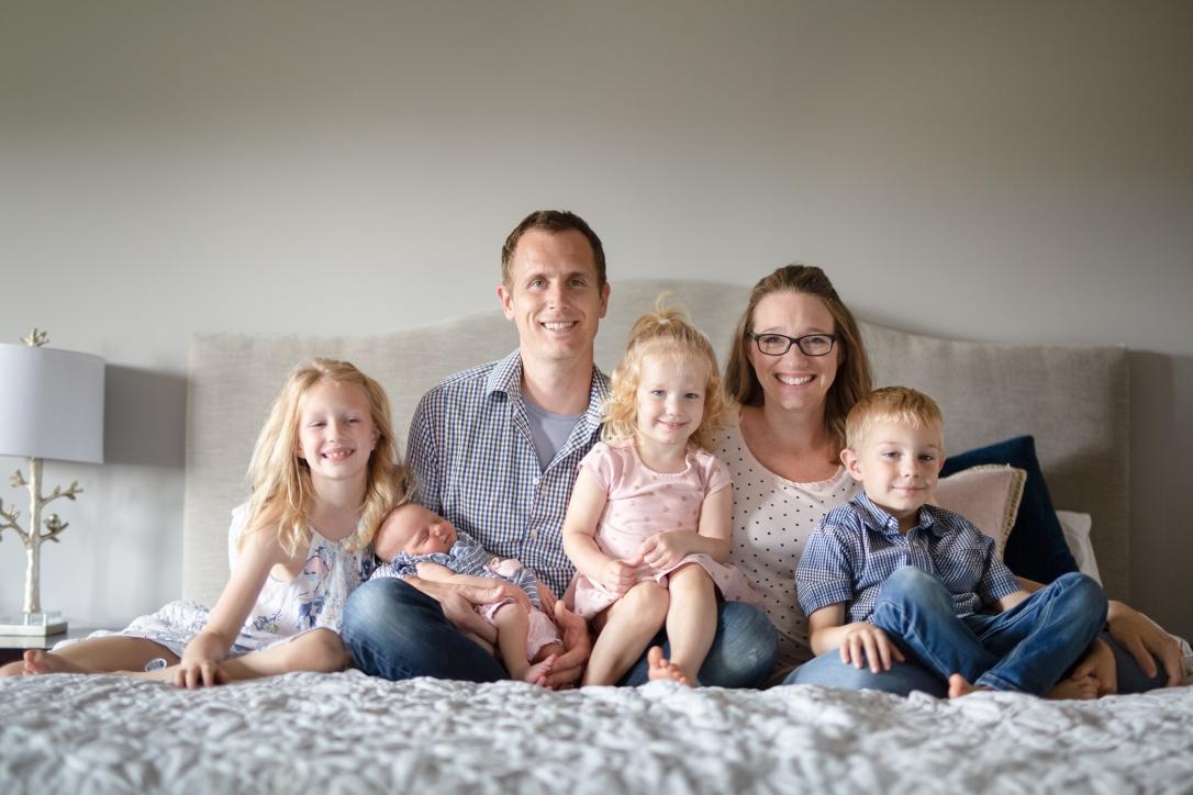 2019.08.25- Savaryn_Racine_Family_Portraits--3.jpg